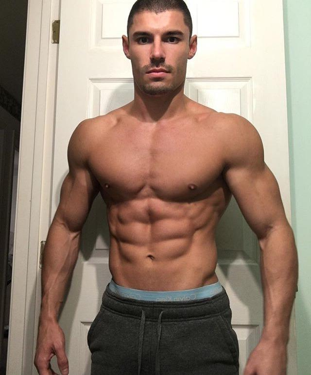 handsome-ripped-sixpack-abs-dude-next-door-neighbor-bare-chest-muscle-stud