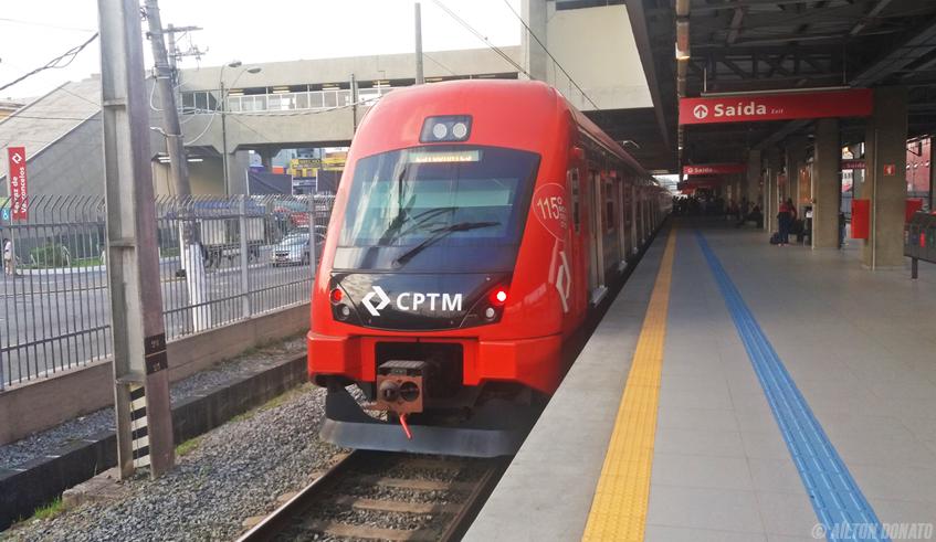 Estação Ferraz de Vasconcelos da Linha 11-Coral da CPTM