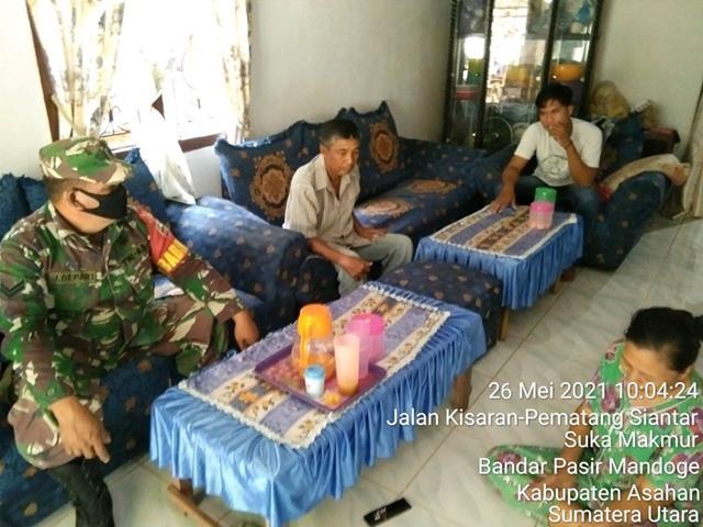 Untuk Mempererat Jalinan Silaturahmi, Personel Jajaran Kodim 0208/Asahan Laksanakan Anjangsana Dirumah Warga