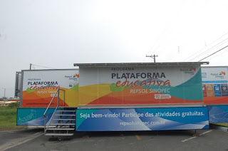 """Plataforma educativa Repsol Sinopec recebe estudantes da Ilha com palestra """"Entenda o Lixo"""""""