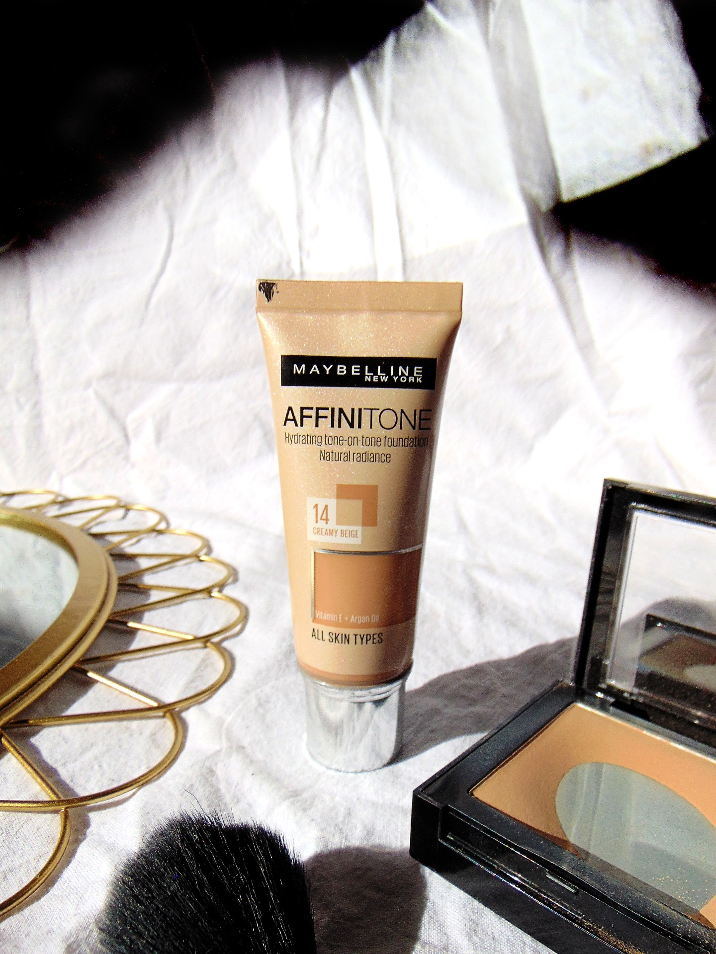 Maybelline Affinitone foundation REVIEW
