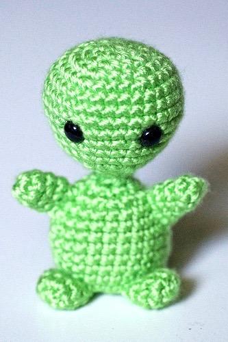 Pocket Baby Alien Crochet Pattern by Yarn Society | 500x333