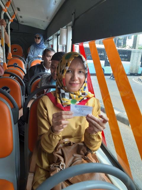 Merayakan Hari Pelanggan Nasional 2019 Bersama Transjakarta