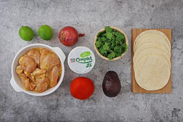 Υλικά της συνταγής για Τάκος με Κοτόπουλο Μαριναρισμένο σε Γιαούρτι