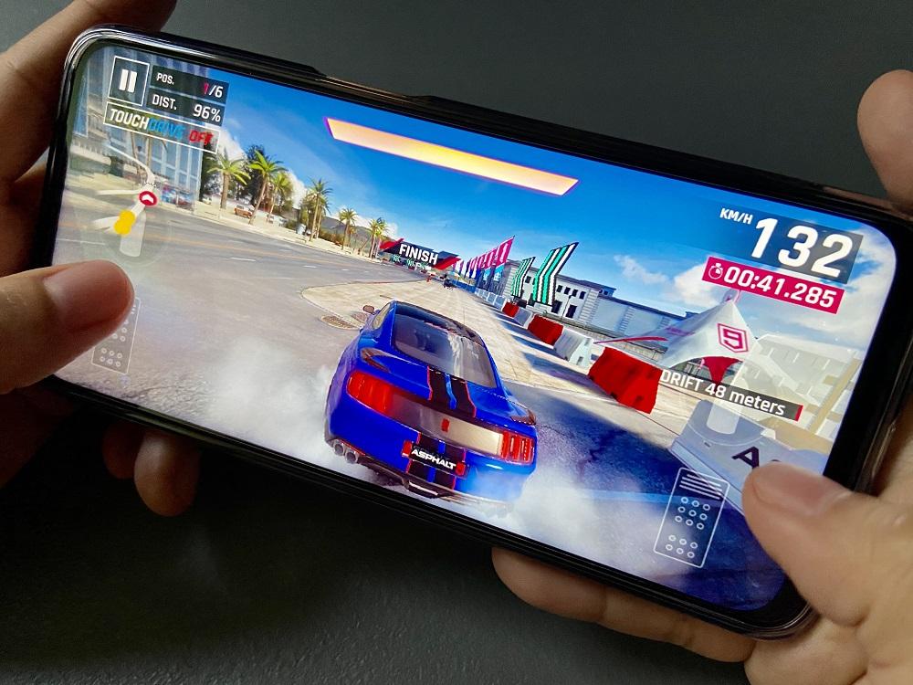 realme 8 5G Gaming - Asphalt 9: Legends