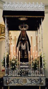 Un Vía Crucis bajo palio en Jerez
