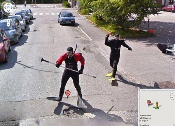 18 Hilariously Weird Moments Captured On Google Street View - Water diving Here Great idea!