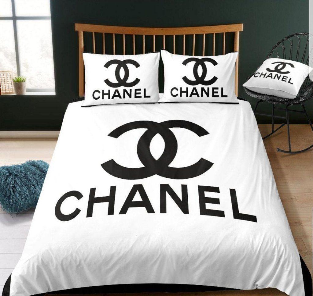 Parure De Lit Chanel Parure De Lit Versace Parure De Lit Louis Vuitton Luxuryamoda Myshopify Com Housse De Couette Chanel