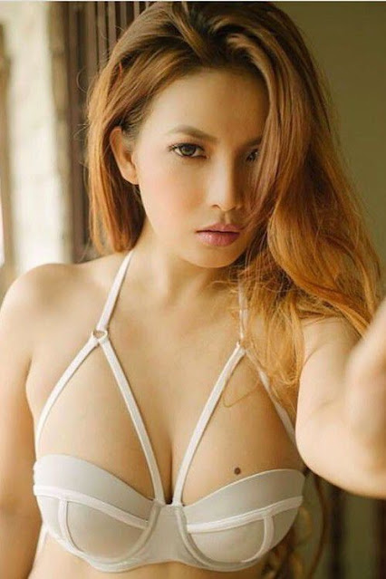 Hot and sexy big boobs photos of beautiful busty asian hottie chick Pinay booty model Angelica De Torres photo highlights on Pinays Finest sexy nude photo collection site.