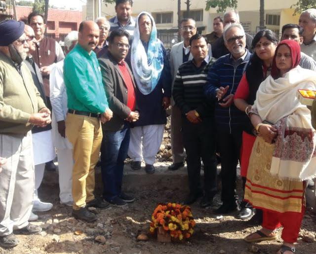 Barkhal MLA Border Trikha inaugurated road of 12 crores