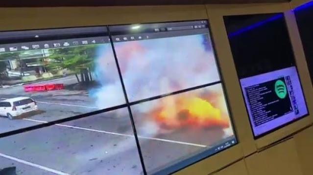 Ngeri! Detik-detik Ledakan di Gereja Katedral Makassar Terekam CCTV