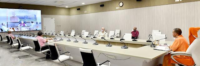 प्रधानमंत्री ने आज केंद्रीय कृषि मंत्री तथा मुख्यमंत्री योगी की वर्चुअल उपस्थिति में रानी लक्ष्मी बाई केंद्रीय कृषि विश्वविद्यालय, झांसी के शैक्षिक एवं प्रशासनिक भवन का लोकार्पण किया