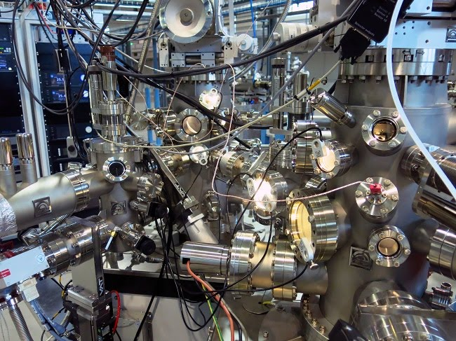 Stacja badawcza UARPES - materiały Narodowego Centrum Promieniowania Synchrotrowego SOLARIS