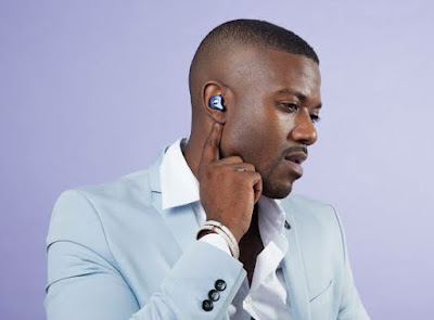 Who is the owner of Raycon Earbuds,