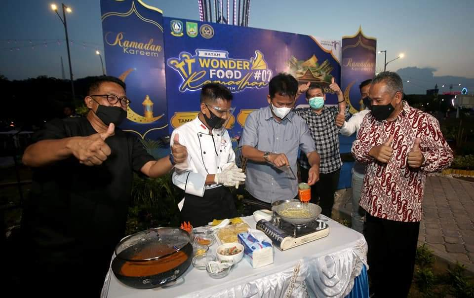 Rudi Membuka Wonderfood Ramadhan di Taman Dang Anom