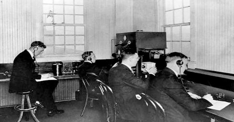 In which city was the world's first radio station built?