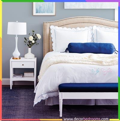 ترتيب غرف نوم مع منضدة أنيقة