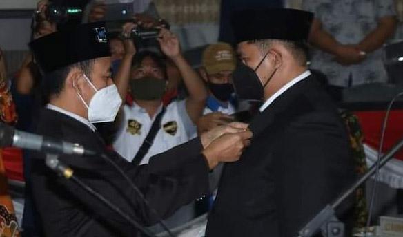 Agung Cakra Negara Dilantik Jadi Anggota DPRD-PAW Gantikan Alm Edi Sarnobi