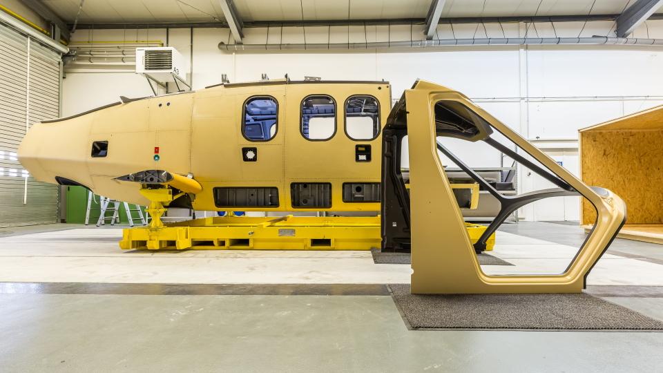 Airbus розпочинає збирання швидкісного RACER'а