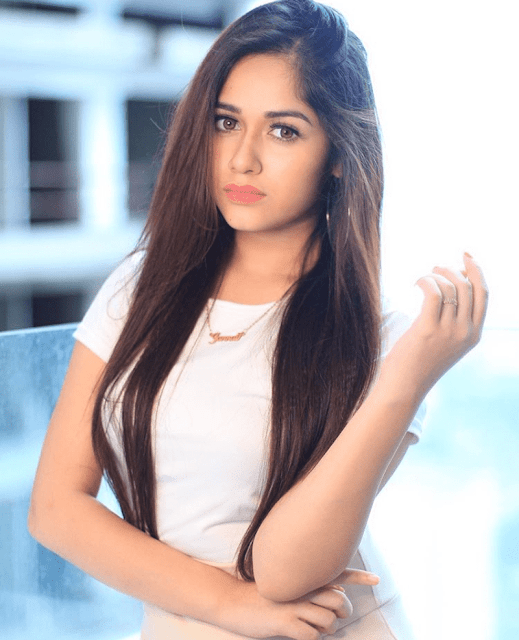 Jannat Zubair Biography, Age, Height, Weight, Family, Mother, Father, Education, Boyfriend, Affairs, Social Media