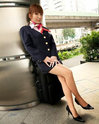 Flight Attendance Cabin Crew Pramugari kaki jenjang beautiful