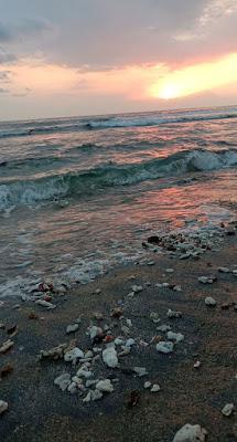 Pantai di Kota Mataram