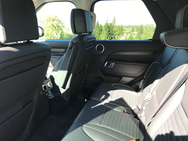 Rear seat in 2019 Land Rover Discovery HSE Luxury