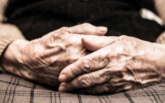 «Κάνε κλικ για τη ζωή»: Το πρόγραμμα που βοηθά τους ηλικιωμένους σε έκτακτες καταστάσεις και στη Πιερία!