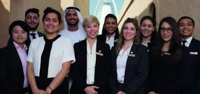 دليل العثور على وظائف في الإمارات العربية المتحدة