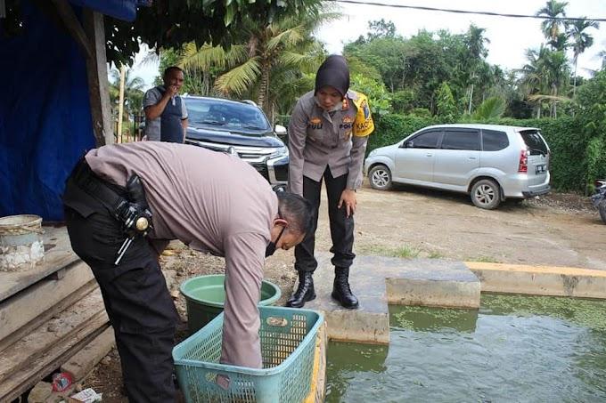 Kapolres Padangsidimpuan AKBP Juliani Prihartini, SIK, MH : Ketahanan Pangan Desa Baruas Dapat Menjadi Contoh Desa Lainnya
