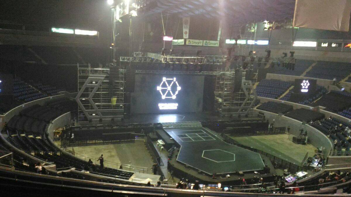 [STREAMING] 170225 EXO PLANET #3 - The EXOr'DIUM in Manila Day 1