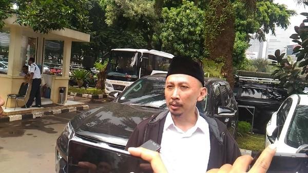 Dipolisikan KNPI, Permadi Arya Alias Abu Janda Sebut Ada Dendam Politik