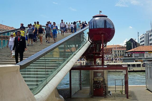 ovovia-ascensore-disabili-ponte-Calatrava-Venezia