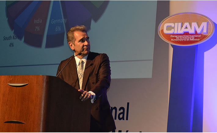 Leo Torres, director de compras de Ford México, participó en el Congreso Internacional de la Industria Automotriz (CIIAM 2016). (Foto: VI).