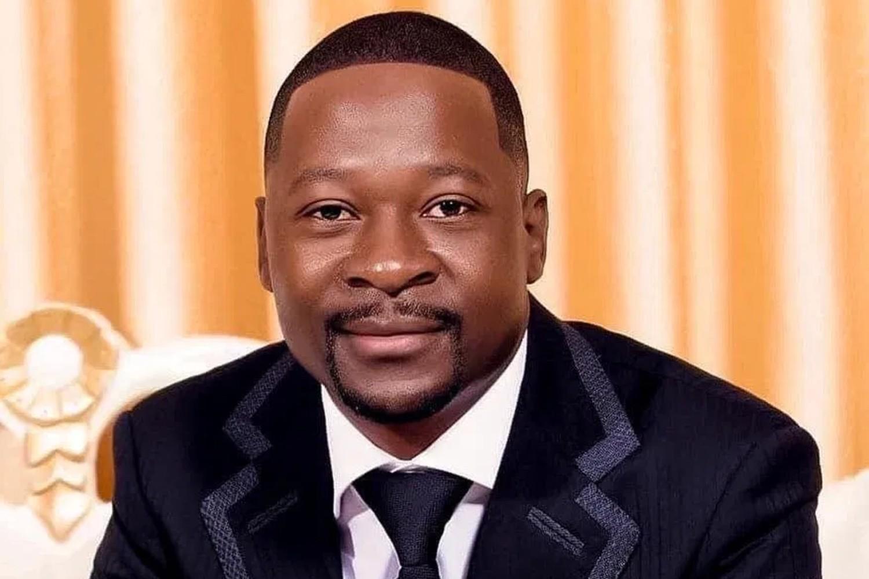 Prophet Emmanuel Makandiwa Prophecies Stolen At Church!