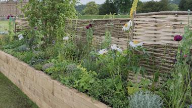 Una bordura de herbáceas para la gran dama de Hardwick Hall
