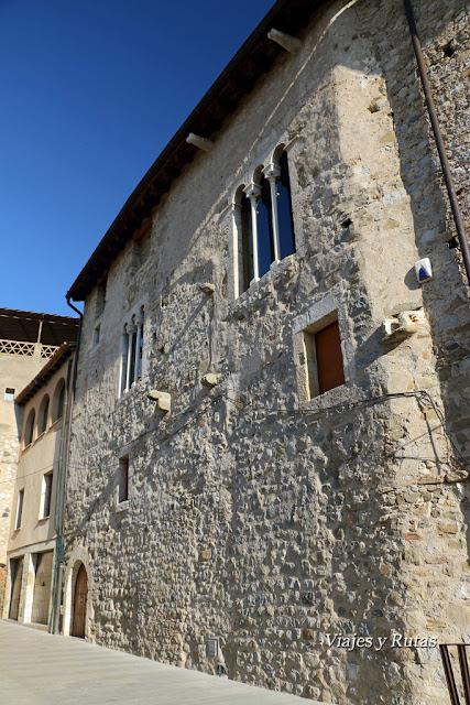 Curia real, Carrer del Portalet, Besalú, Girona