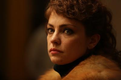 Dolores Fonzi (Marina Blanco)