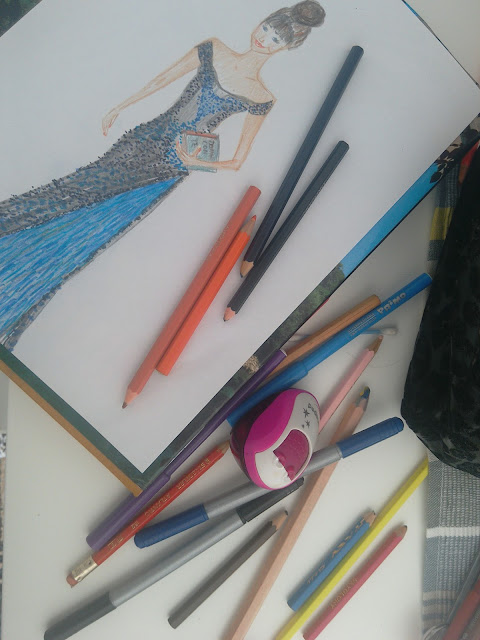 #redcarpet #modaodaradosti #modnailustracija #bih #moda #fashionillustration #pencildrawing #pencil