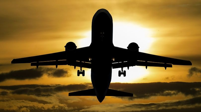 Arti Mimpi Naik Pesawat Menurut Primbon