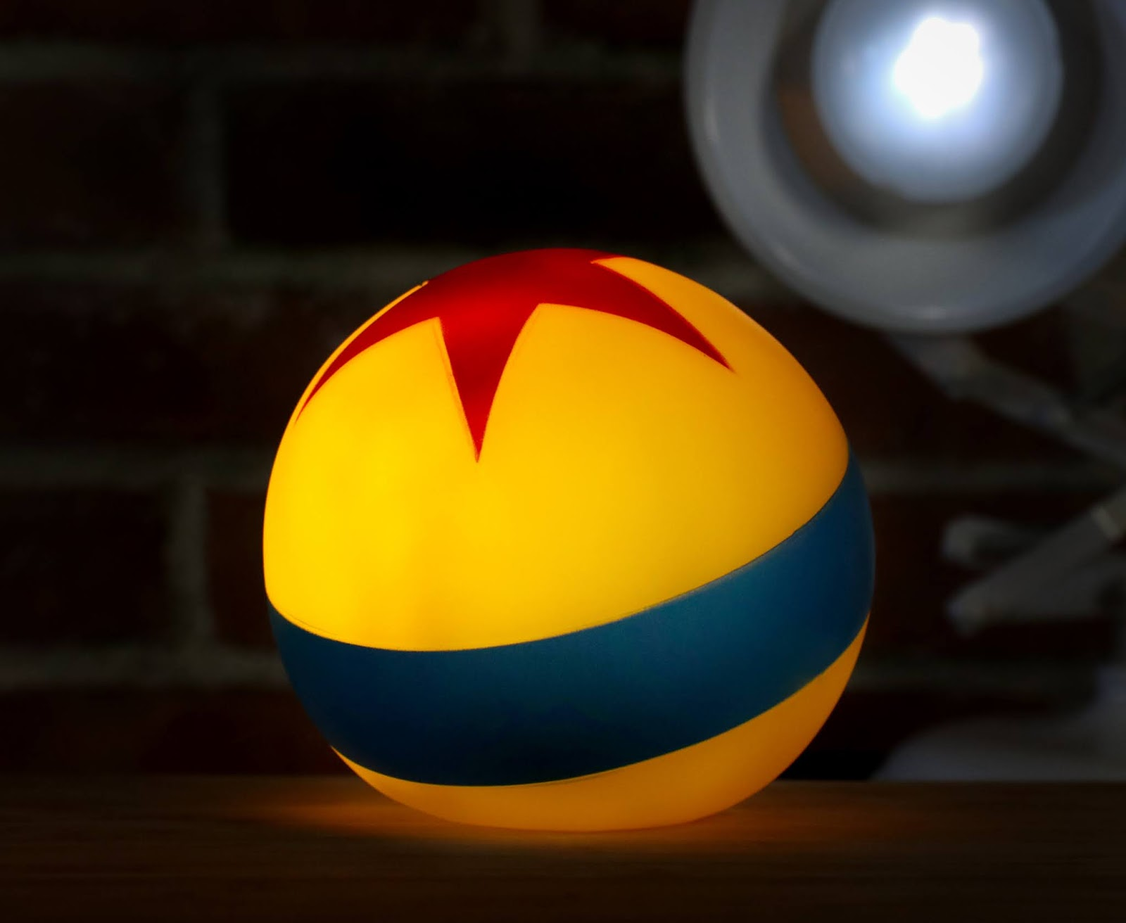 pixar luxo ball mood night light