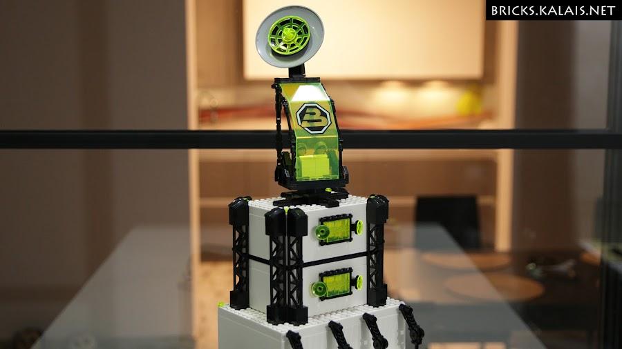 5. Control tower -  - Ikea BYGGLEK Blacktron base