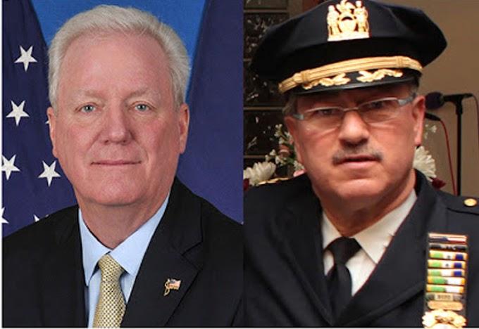 Altos jefes y docenas de oficiales del NYPD positivos en coronavirus con más de 30 en un cuartel