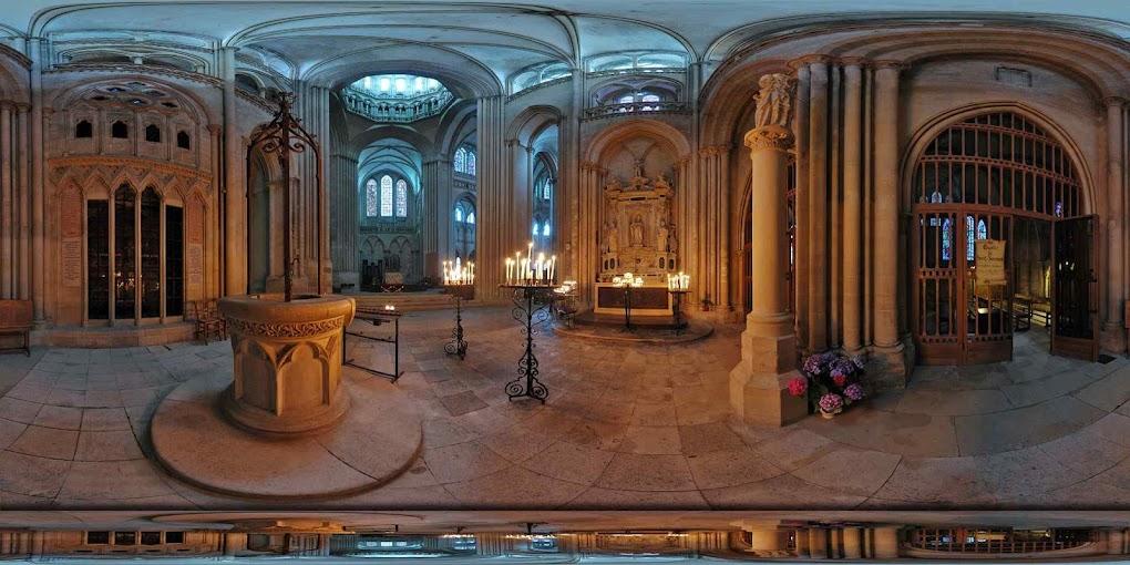 Catedral de Coutances, capela onde está enterrada