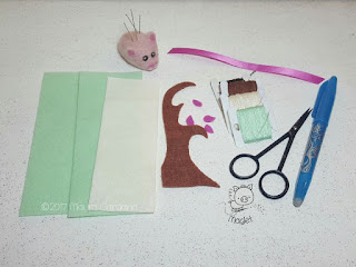 materiali per creare segnalibro in feltro