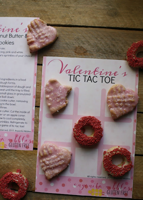 Download a free Valentine's Tic Tac Toe Gameboard | Anyonita-Nibbles.co.uk