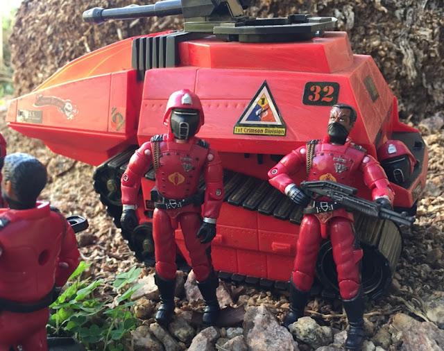 2004 Crimson Guard, 2005 Crimson Guard, Hiss Tank, Operation Crimson Sabotage, KB Toys Exclusive, Toys R Us Exclusive