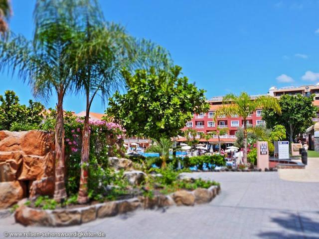 Hotelanlage Aparthotel El Duque Teneriffa Costa Adeje