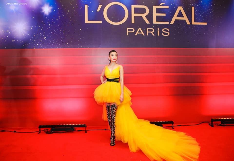 Wut Mhone Shwe Yi Loreal Red Carpet 2019