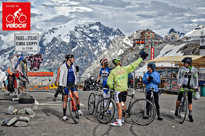 Cycling Stelvio pass in Italy, carbon road bike rental in Bormio.